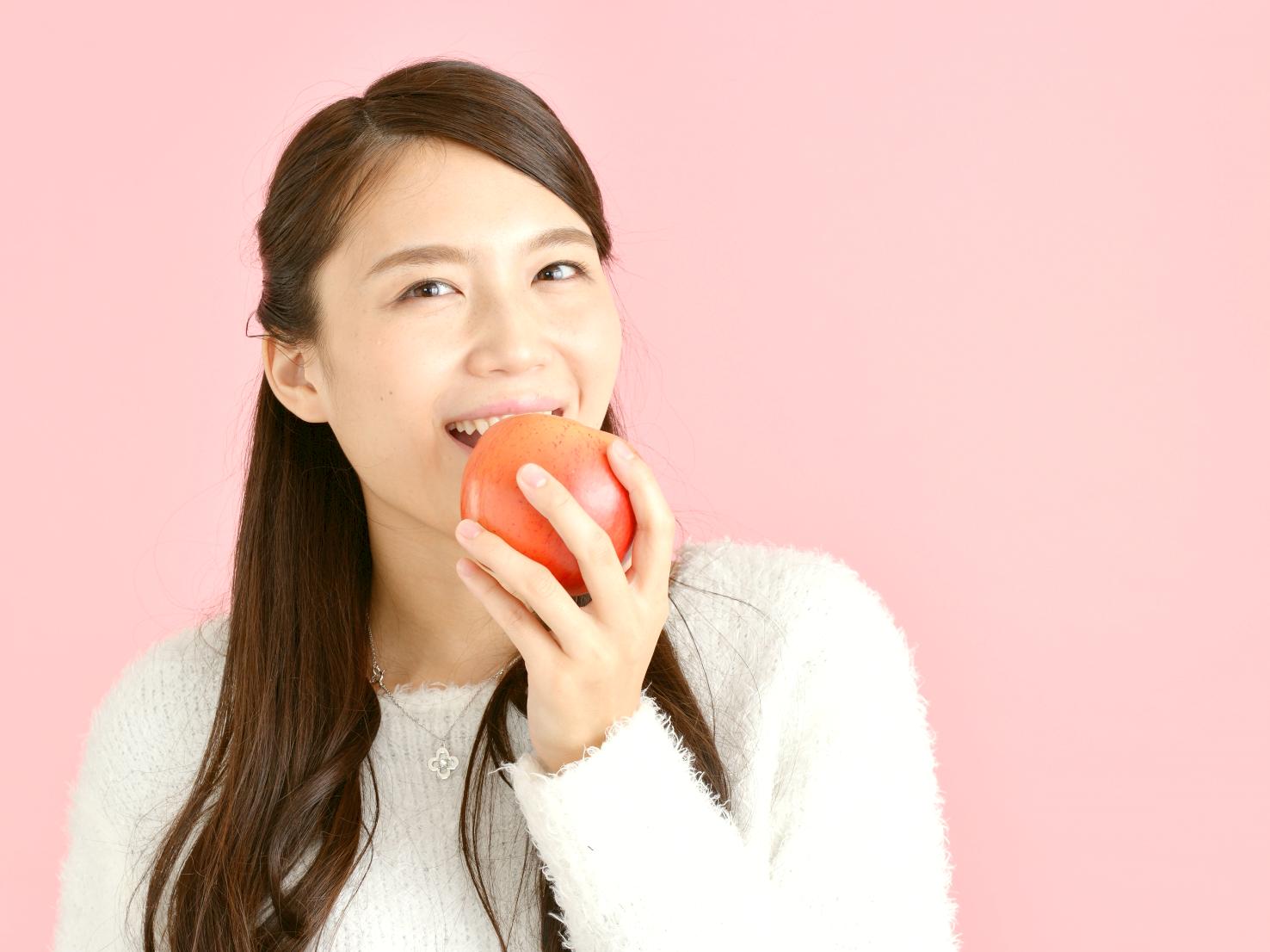 バストアップのために摂りたい食べ物と栄養素とは?